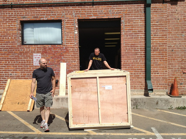 Image of Printrbot founder Brook Dunn moving into his HQ