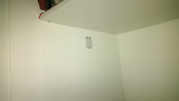 White bar holder for Ikea closets