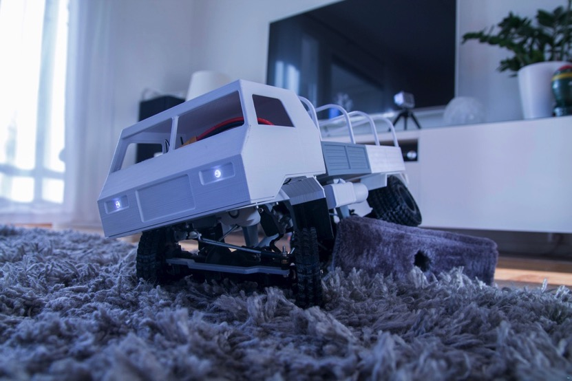 3D printed RC truck V3 by MrCrankyface